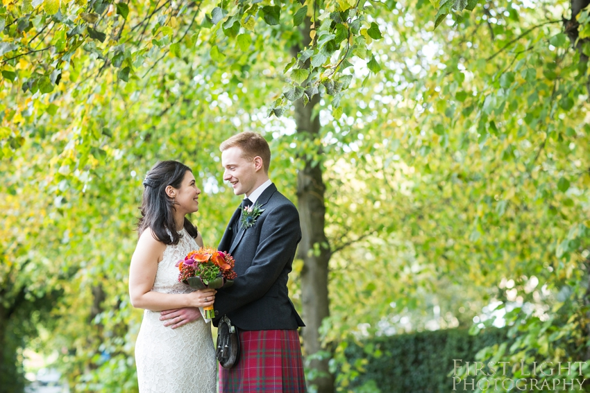 wedding portrait, Wedding dress, wedding photographer Scotland